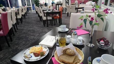 ドイツのホテルでの朝食